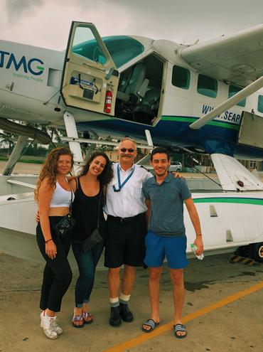 Manon, Clémentine, le pilote et Guillaume